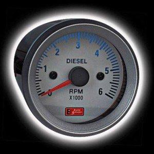 На фото - тахометр для дизельных двигателей, svtuning.by