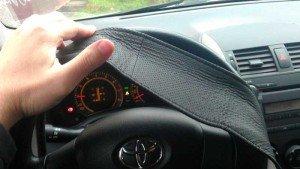 На фото - оплетка на руль из кожи своими руками, spectra-forum.ru