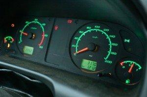 На фото - повышенный расход топлива дизельного двигателя, blog.drivernotes.net