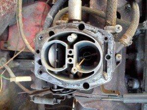 На фото - повышенный расход топлива в связи нарушением герметичности игольчатого клапана, drive2.ru