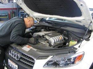 На фото - диагностика дизельного двигателя, avto-diagnostic.ru