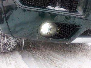 На фото - работа противотуманной фары, drive2.ru