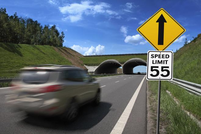 driving for no speed limits