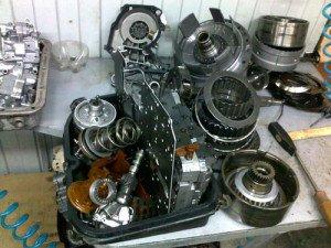 На фото - ремонт гидротрансформатора АКПП, stalker-sz.ru