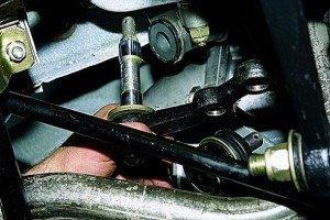 Фото технологического процесса ремонта рулевого управления, zerga.ru