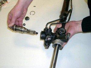 Фото ремонта рулевой колонки, garagetime.ru