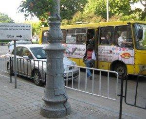 Фото неправильной посадки пассажиров на общественный транспорт, newsvl.ru