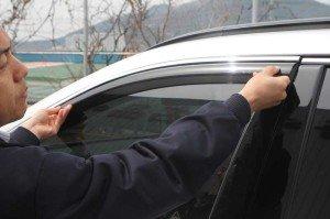 Фото примерки дефлектора на боковое окно, top-tuning.ru