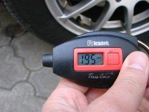 Фото - в чем измеряют давление в шинах, rezina.biz.ua