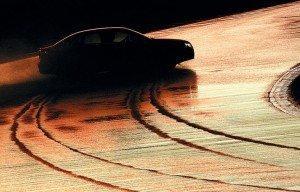 Фото тормозного пути с самыми бесшумными шинами, autoreview.ru
