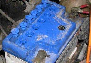 На фото - сколько служит автомобильный аккумулятор, 365cars.ru