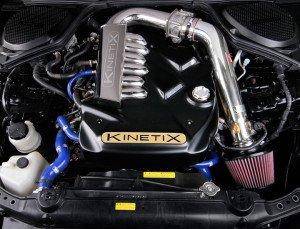 На фото - впускной коллектор двигателя, streetpower.ru