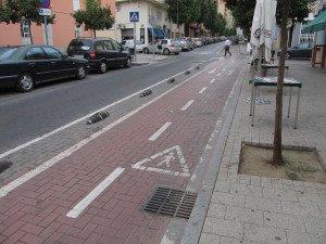На фото - проезжая часть и тротуар, monteklever.livejournal.com
