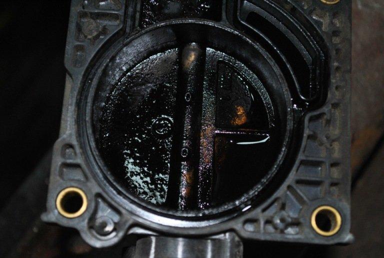 Фото №13 - чистка дросселя ВАЗ 2110