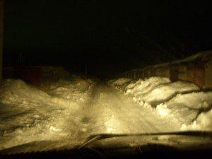 Фото использования дальнего света в темноте, drive2.ru