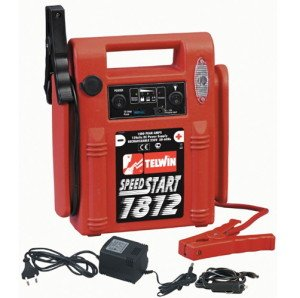 На фото - пуско-зарядное устройство для автомобильного аккумулятора, stroy-mart.ru