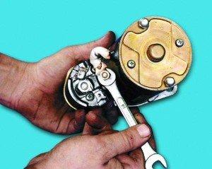 Фото ремонта втягивающего реле стартера, autosecret.net