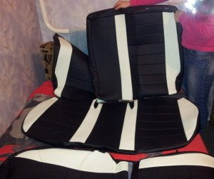 На фото - кожаные чехлы для сидений авто, nazya.com
