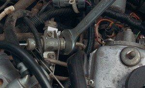На фото - регулятор давления топлива ВАЗ 2114, autorambler.ru