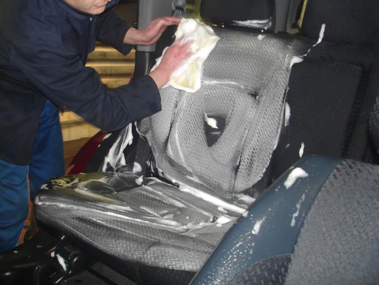 Химчистка салона автомобиля своими руками – паром или химическим средством   + Видео » АвтоНоватор f1d9cc30079dc