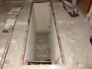 На фото - размер смотровой ямы, gushina20042009.narod.ru