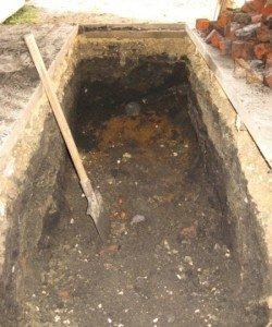Фото рытья траншеи под смотровую яму, drive2.ru