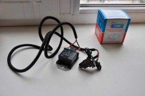 На фото - трехуровневый регулятор напряжения ВАЗ 2107, drive2.ru