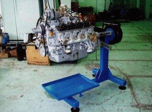 Фото стенда для ремонта двигателя авто, korvetsms.ru