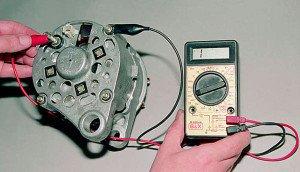 На фото - как проверить щетки генератора, avto-life.com