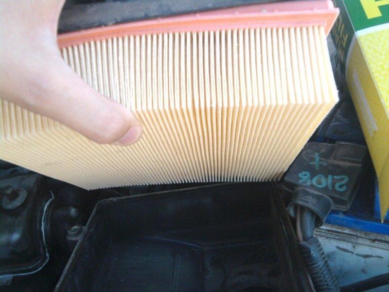 Фото №20 - как поменять воздушный фильтр в ВАЗ 2110