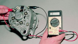 Фото проверки работоспособности регулятора напряжения генератора, avto-life.com