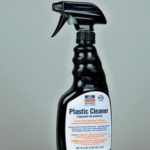 Фото полироли Plastic Cleaner для пластика и стекла, gentraclub.ru