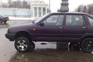 На фото - увеличение клиренса автомобиля, autodrop.ru