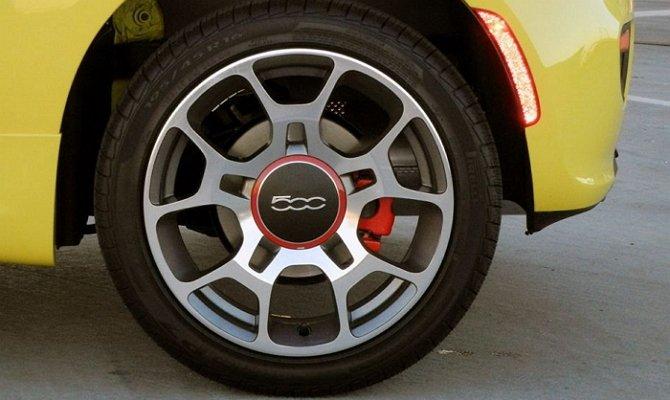 Летние покрышки компании «Pirelli»