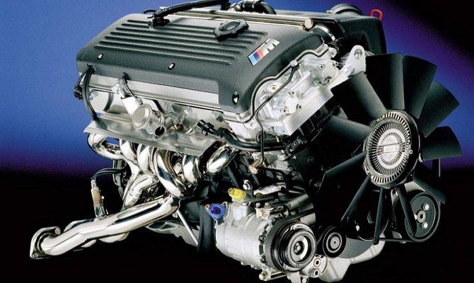 Мотор автомобиля