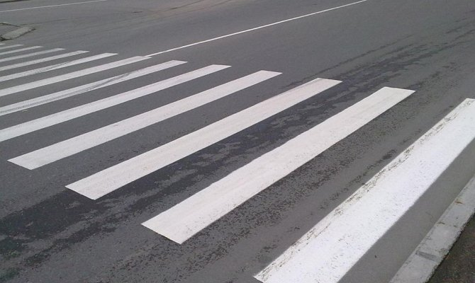 Прокуратура через суд добивается установки знаков на дороге в Мончегорске