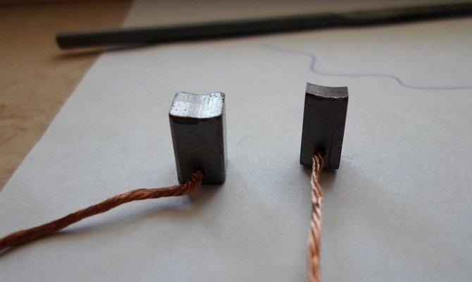 Стертые щетки электромотора стеклоподъемников
