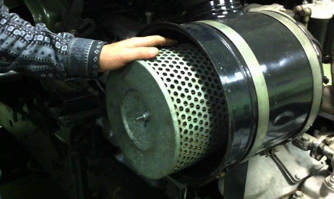 Замена воздушного фильтра мотора Камаза типа евро