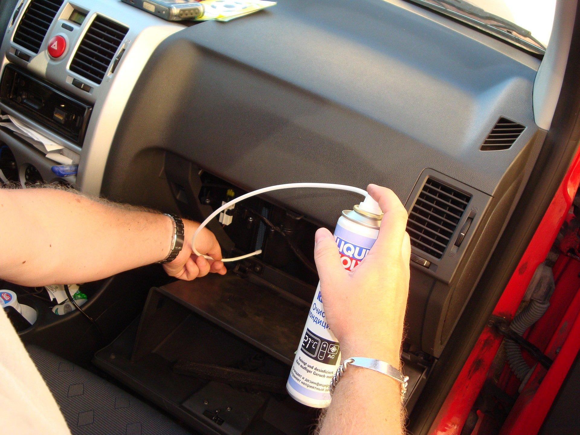 Почистить кондиционер своими руками в машину 406