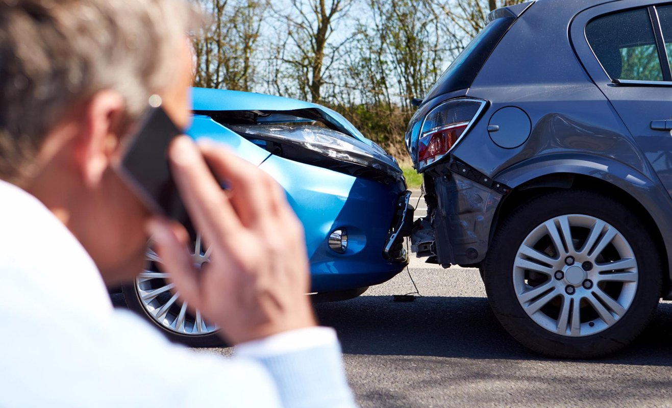 an introduction to the issue of car crashes
