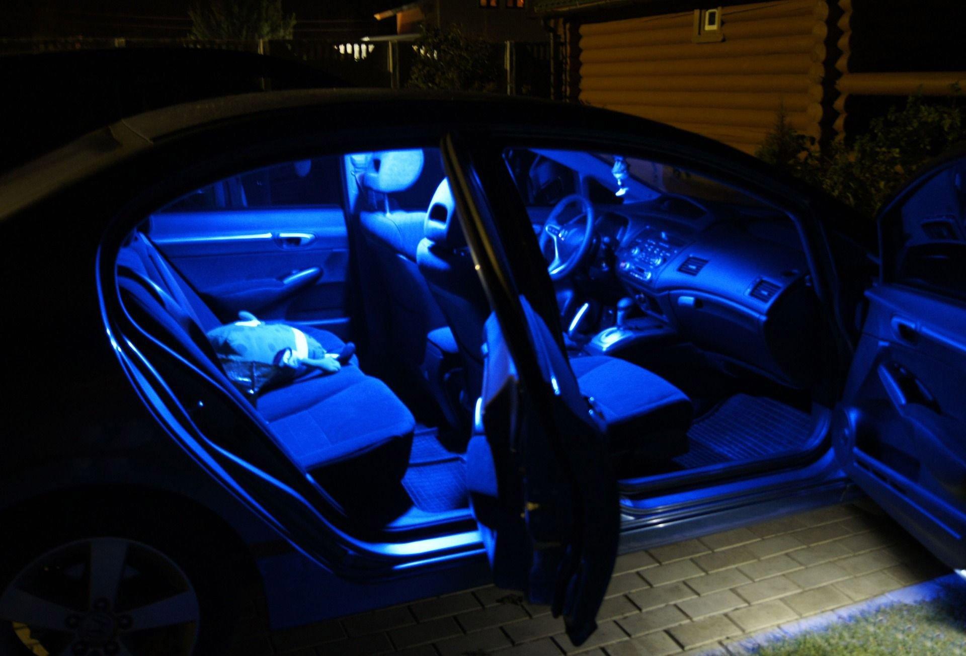 Подсветка днища автомобиля: что выбрать и как установить 67