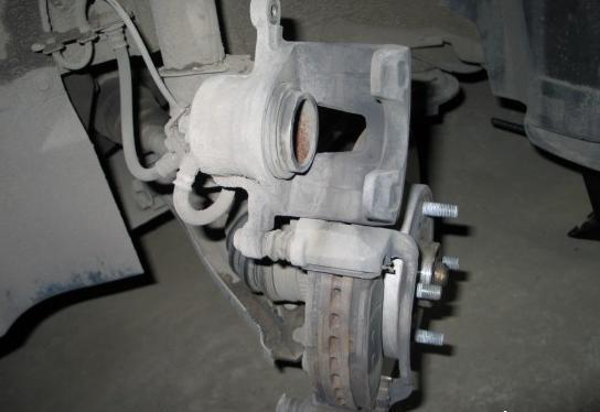 Замена задних тормозных колодок Шевроле Лачетти