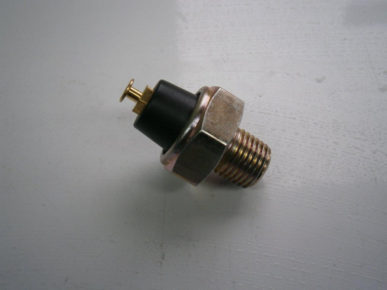 Не горит лампочка давления масла на чери амулет шрек амулет