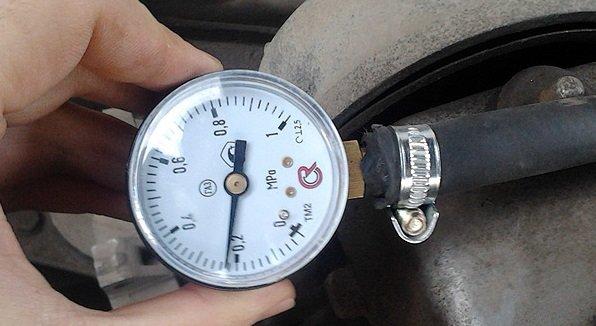 Измерение давления масла