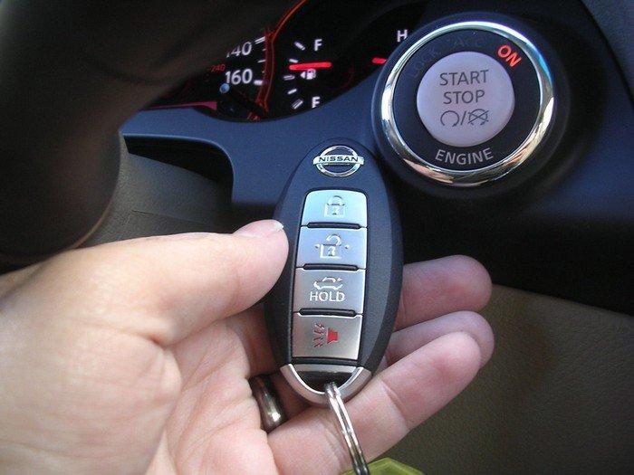 Кнопка «старт/стоп» с иммобилайзером