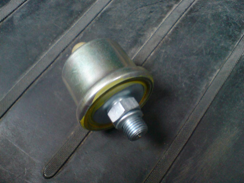 Механический датчик давления масла