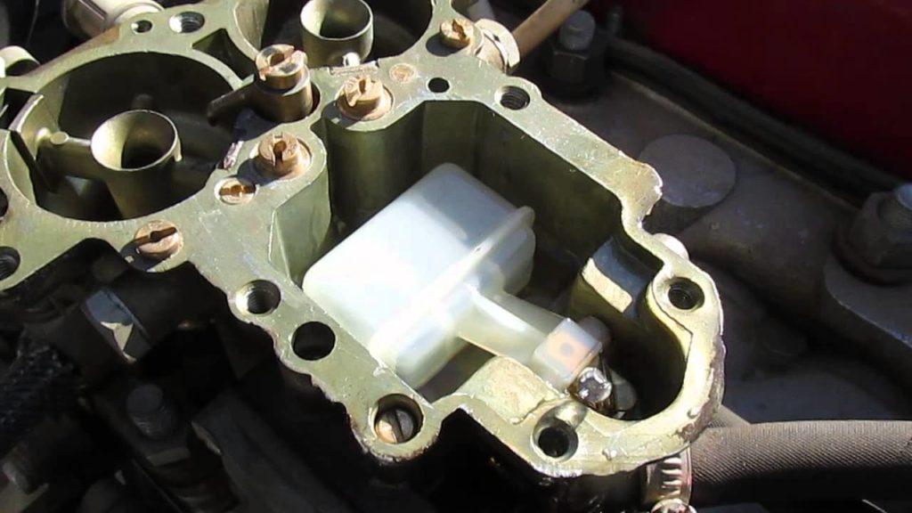 Поплавковая камера карбюратора К-151