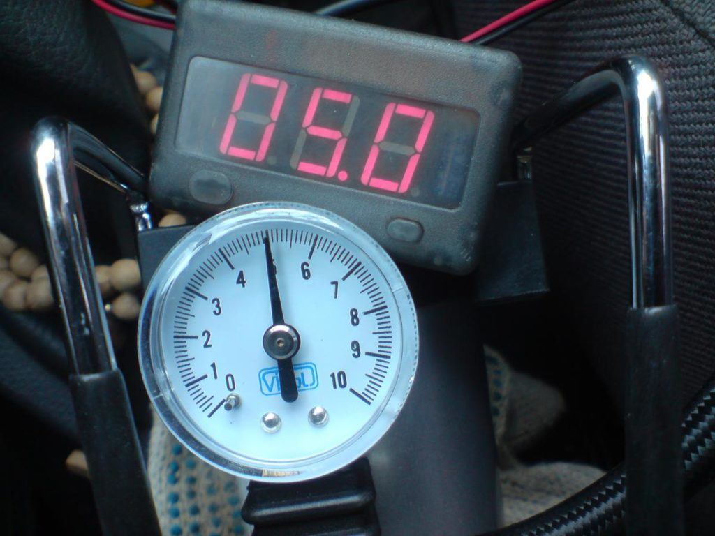 Проверка исправности ДДМ манометром