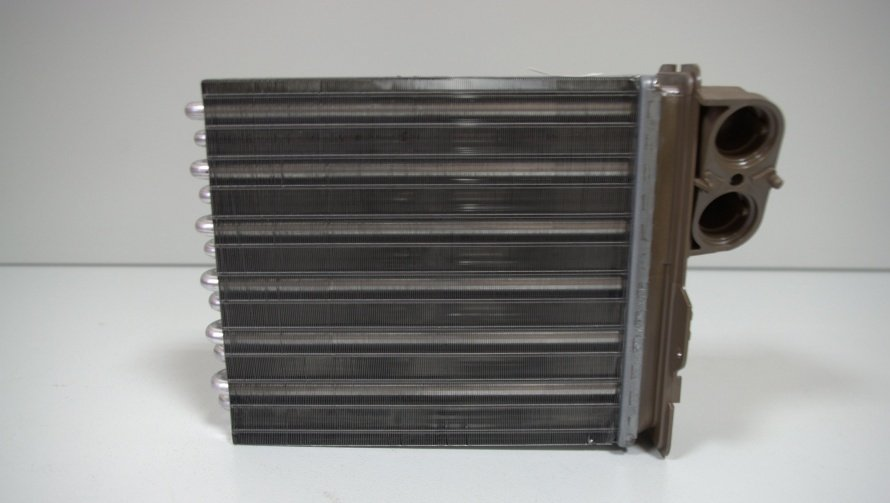 Радиатор отопителя Рено Логан