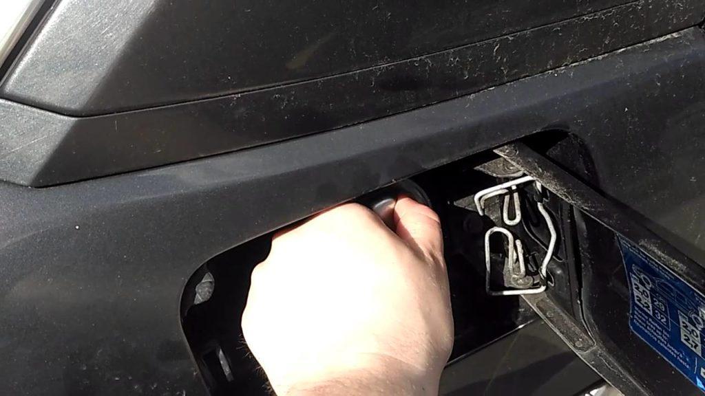 Конденсат в бензобаке машины